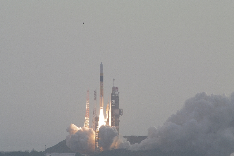 IKAROS发射现场.jpg