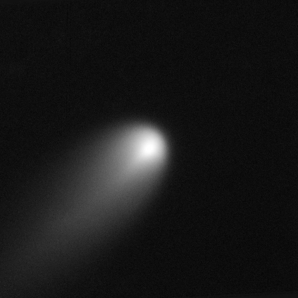 ISON_Comet_captured_by_HST,_April_10-11,_2013